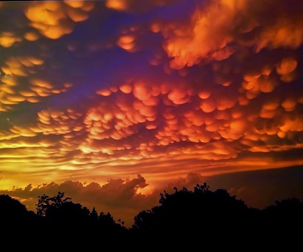mammatus-clouds-Granbury-TX-5-20-2013-Pam-Rice Phillips